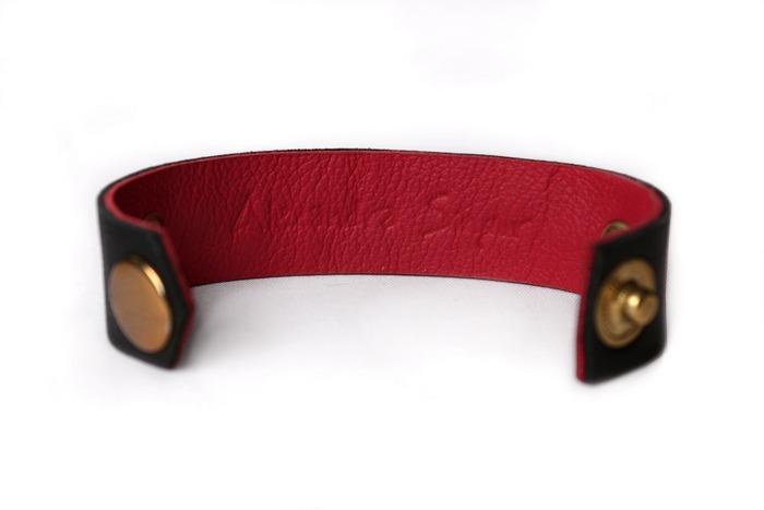 женские кожаные браслеты