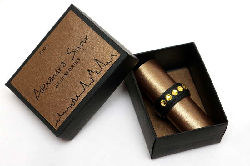кожаные кольца со swarovski